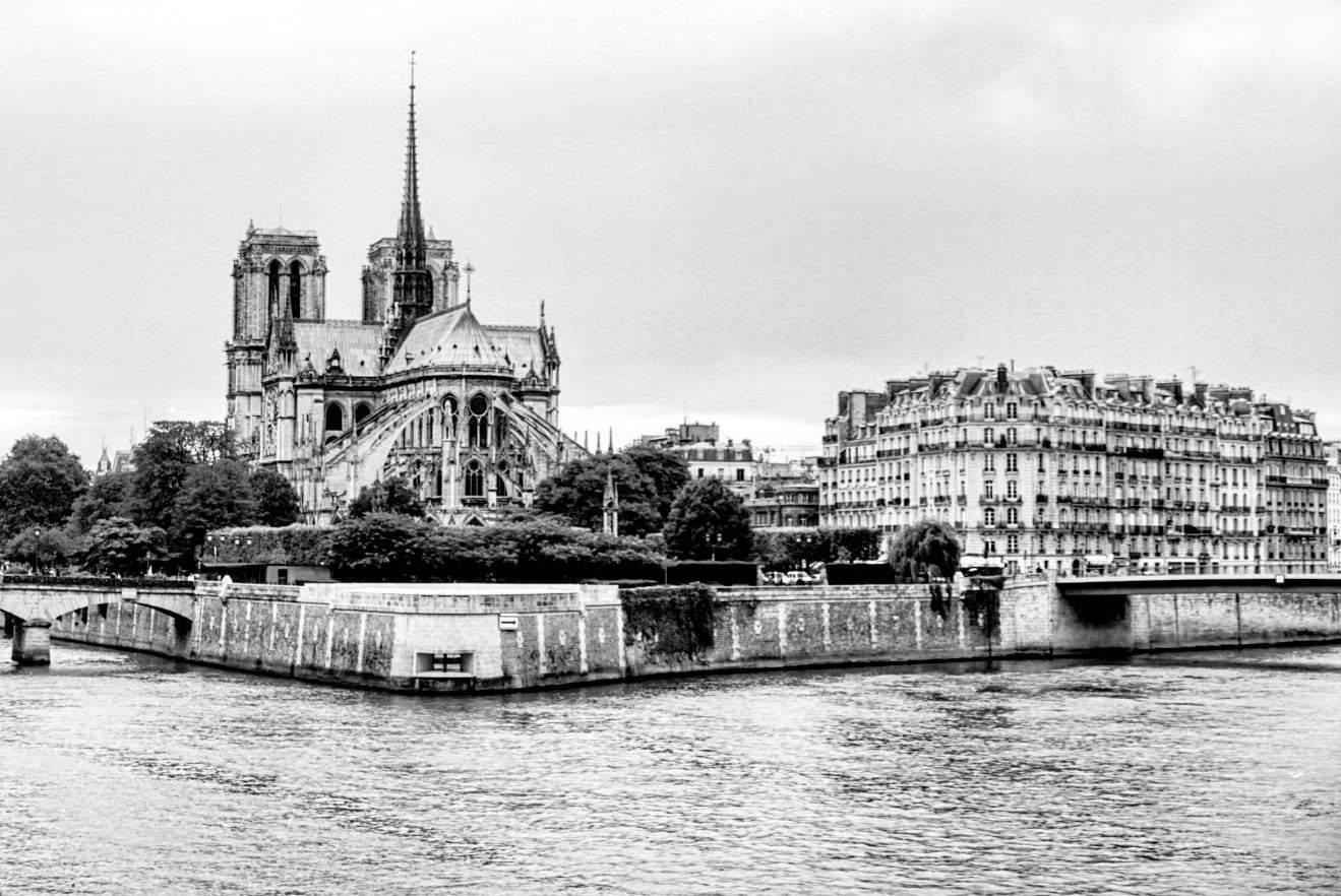 free things in paris