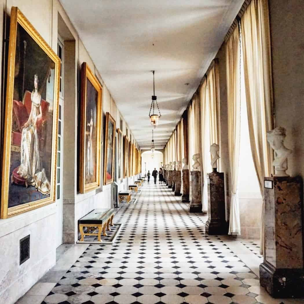 hallway at fontainebleau
