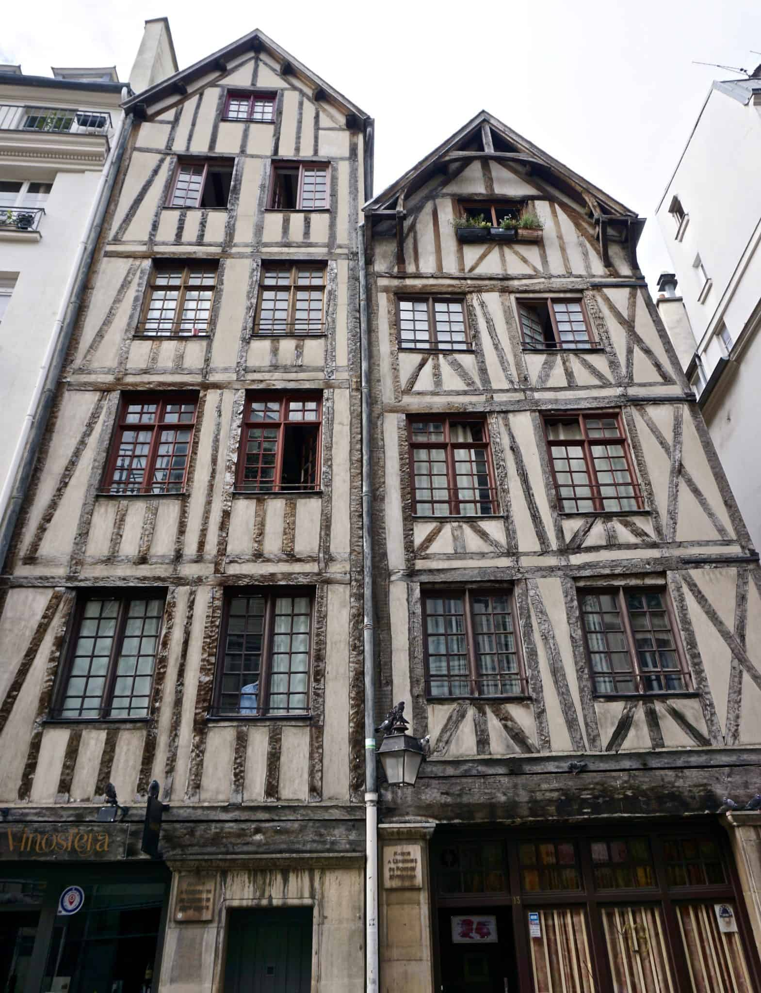 oldest house in paris