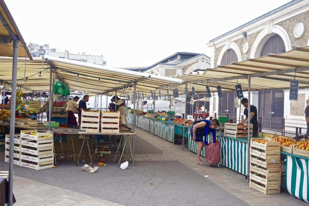 french market versailles town