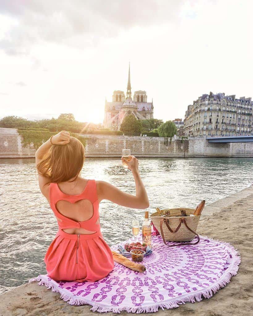 best paris picnic spots