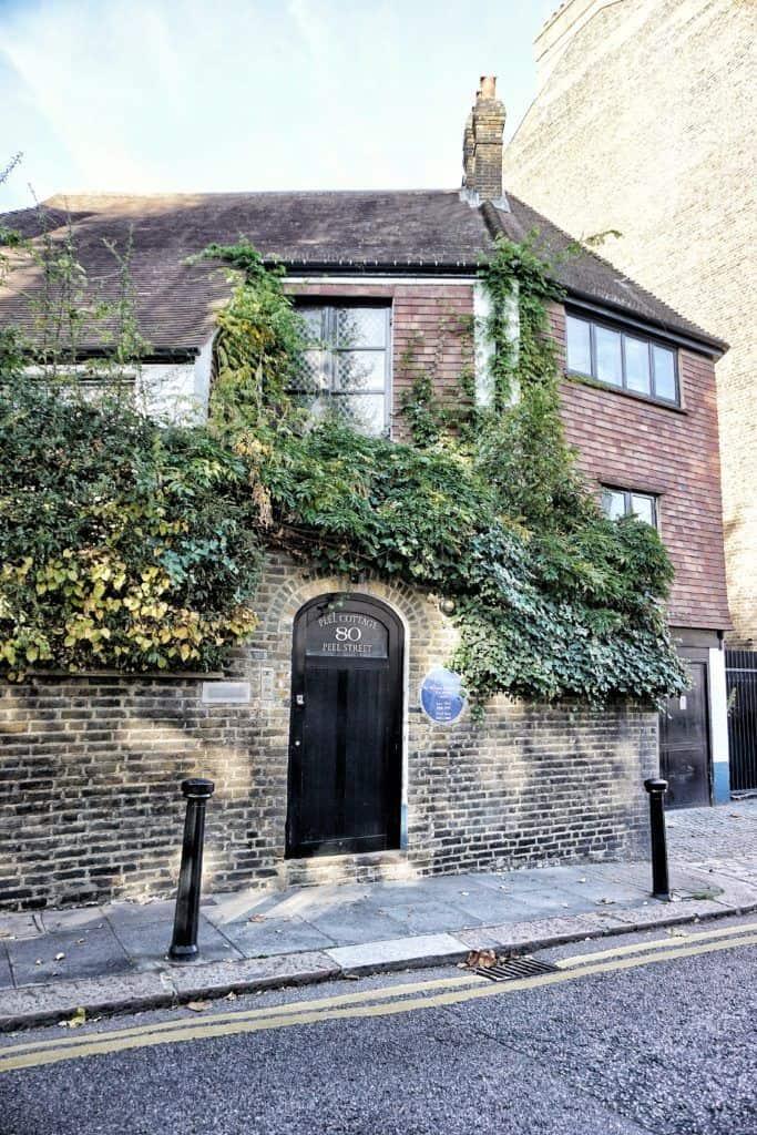 peel cottage peel street london