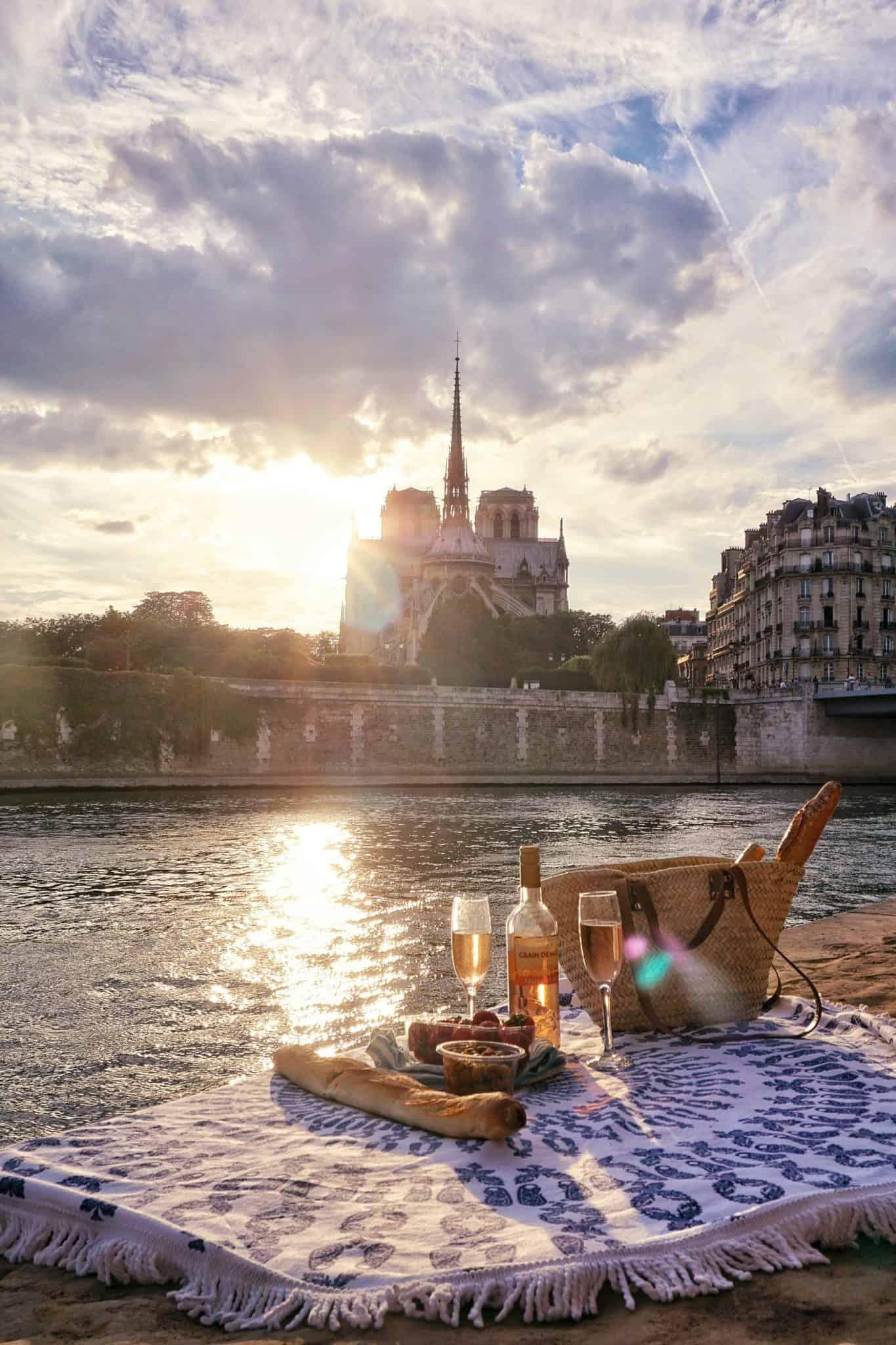 picnic spots in paris