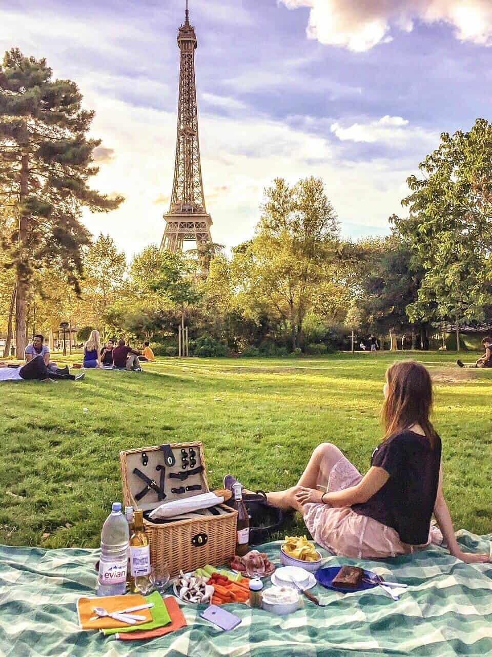 best picnic spots in paris France