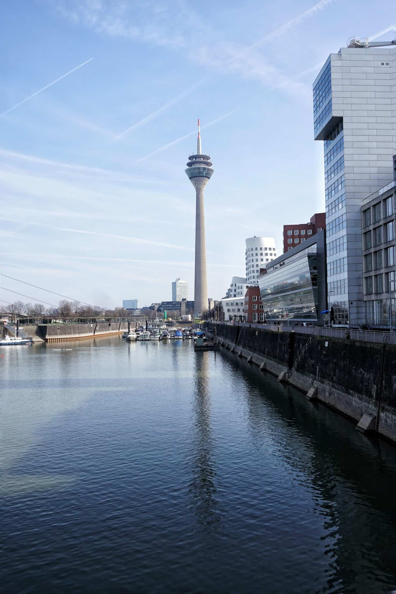 cycling in Düsseldorf: a guide to finding cycling cafés and places to cycle in the German city.