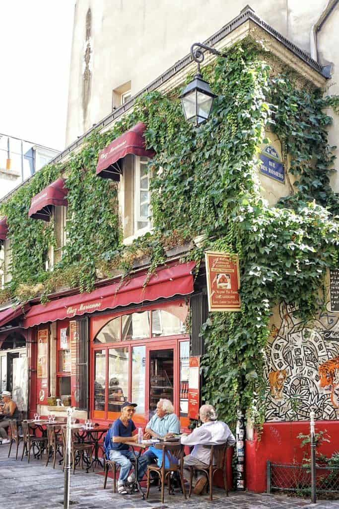 rue des rosiers paris france