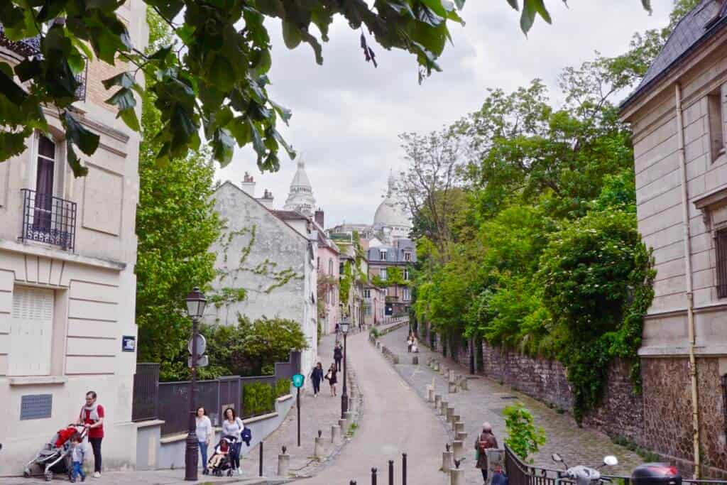 Place Dalida, unusual places to see the sacre coeur in paris