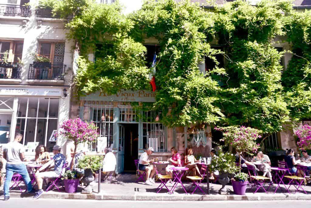 Au Vieux Paris d'Arcole Paris France: Ile de la Cite Guide