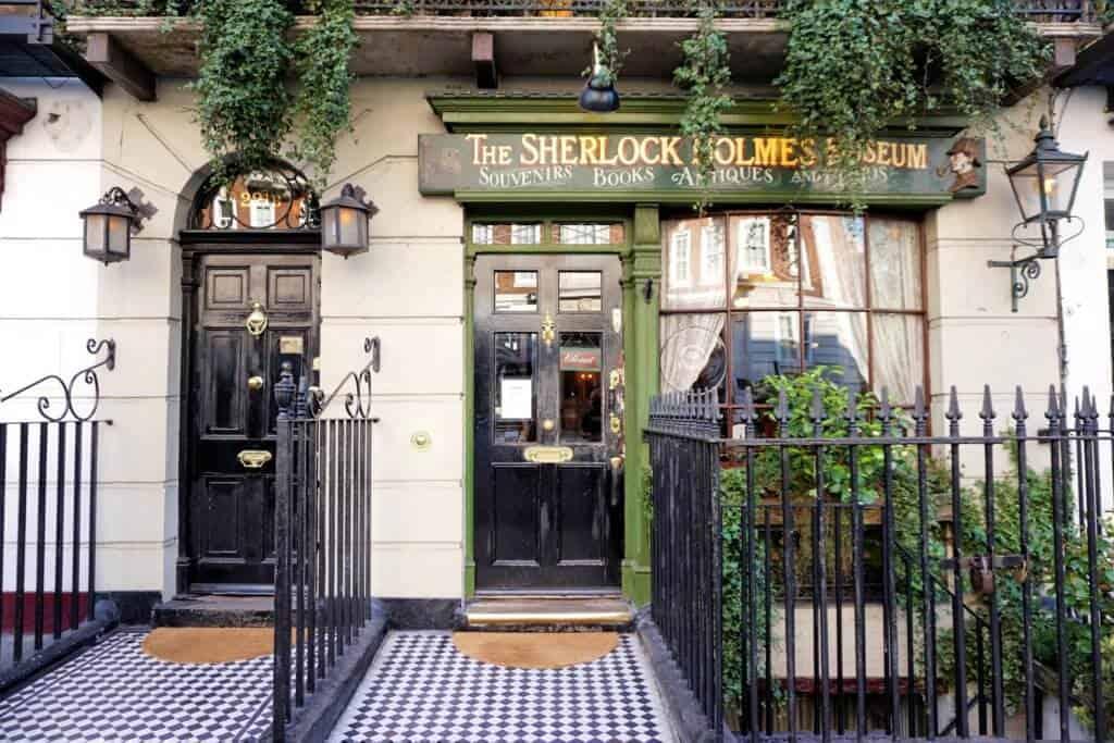 Sherlock Holmes Museum, Sherlock Holmes in London, England