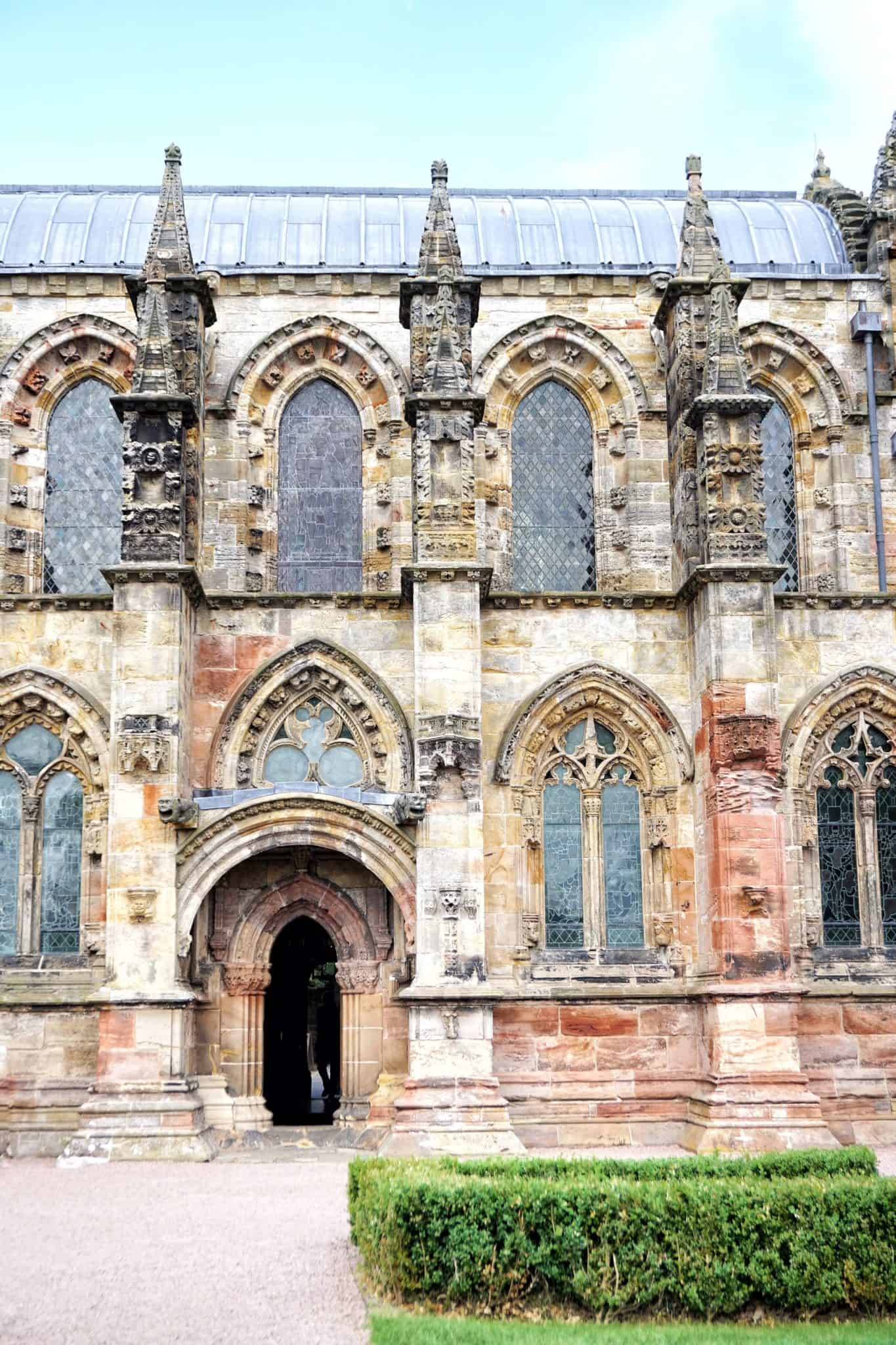 A Guide to Roslin, Edinburgh, Scotland. Things to do and what to see: Rosslyn Chapel