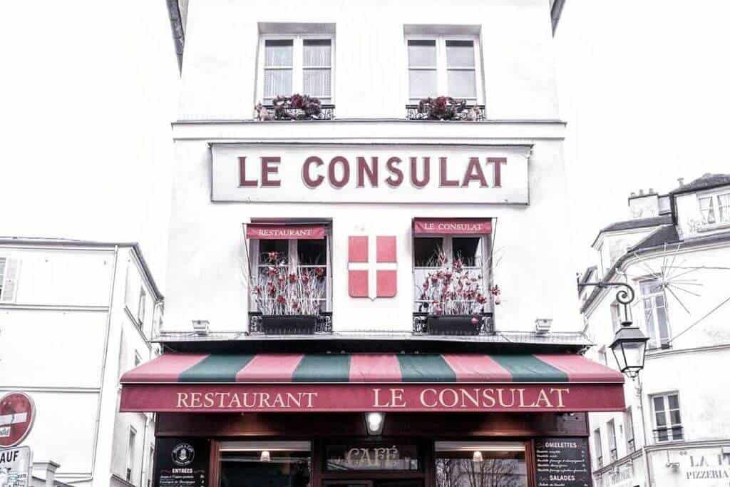 Montmartre Walking Tour: Le Consulat