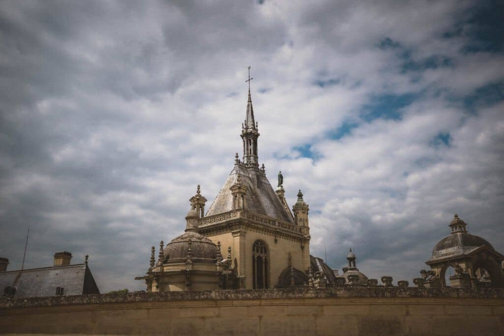 chantilly spire france