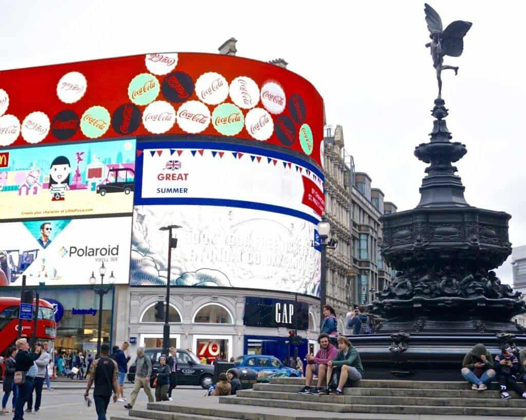 Harry Potter in London: Piccadilly Circus
