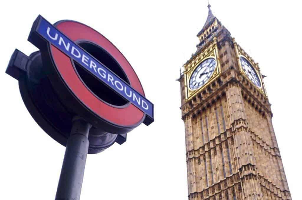 Harry Potter in London: westminster tube station