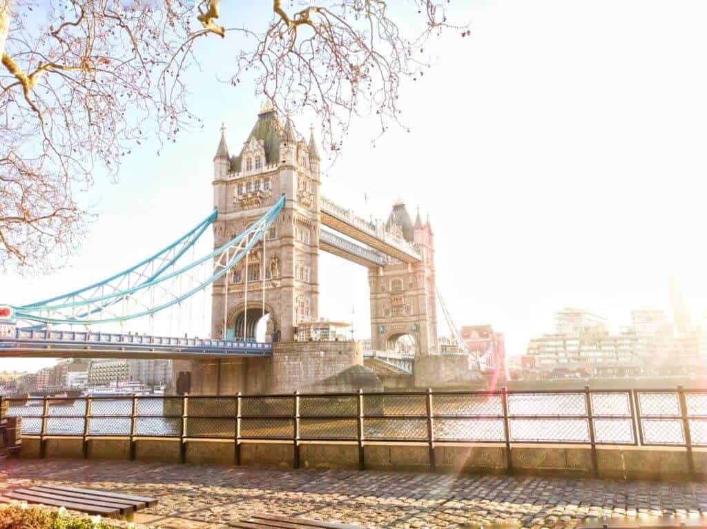 three days in london: visit tower bridge