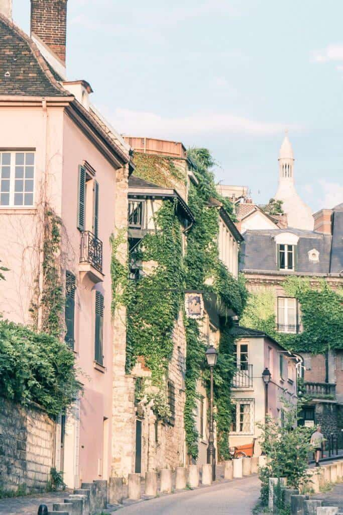 10 reasons to love Montmartre (and why you should visit!)