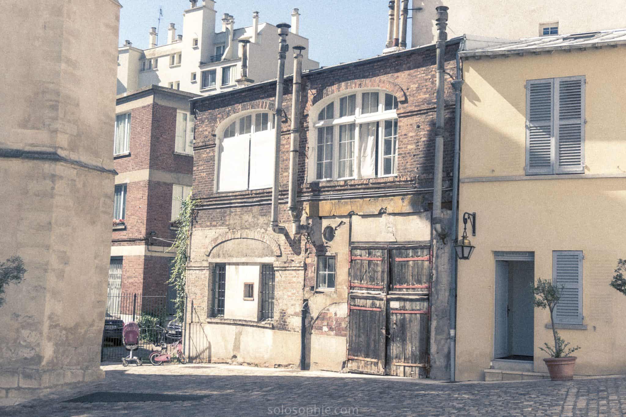 Château de la Reine Blanche, Îlot de la Reine Blanche, 13e arrondissement, paris, france: home to the gobelin family