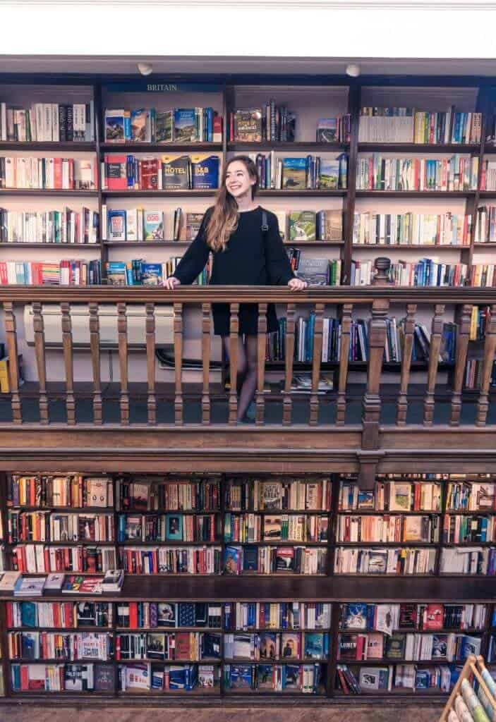 bDaunt Books- Is this the prettiest set of bookshops in London, England- A quick guide to perusing the shelves of this travel focused bookshop in Marylebone, central London!
