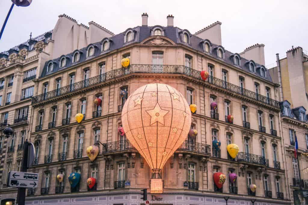 Christian Dior Atelier Design House, Avenue Montaigne, Paris, France: the Dior Balloon in Paris!