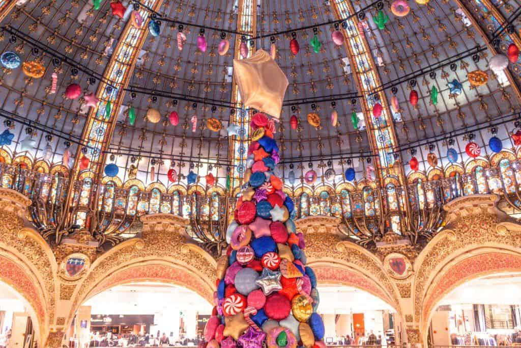 Galeries Lafayette Christmas tree: feeling festive in Paris, France 2017