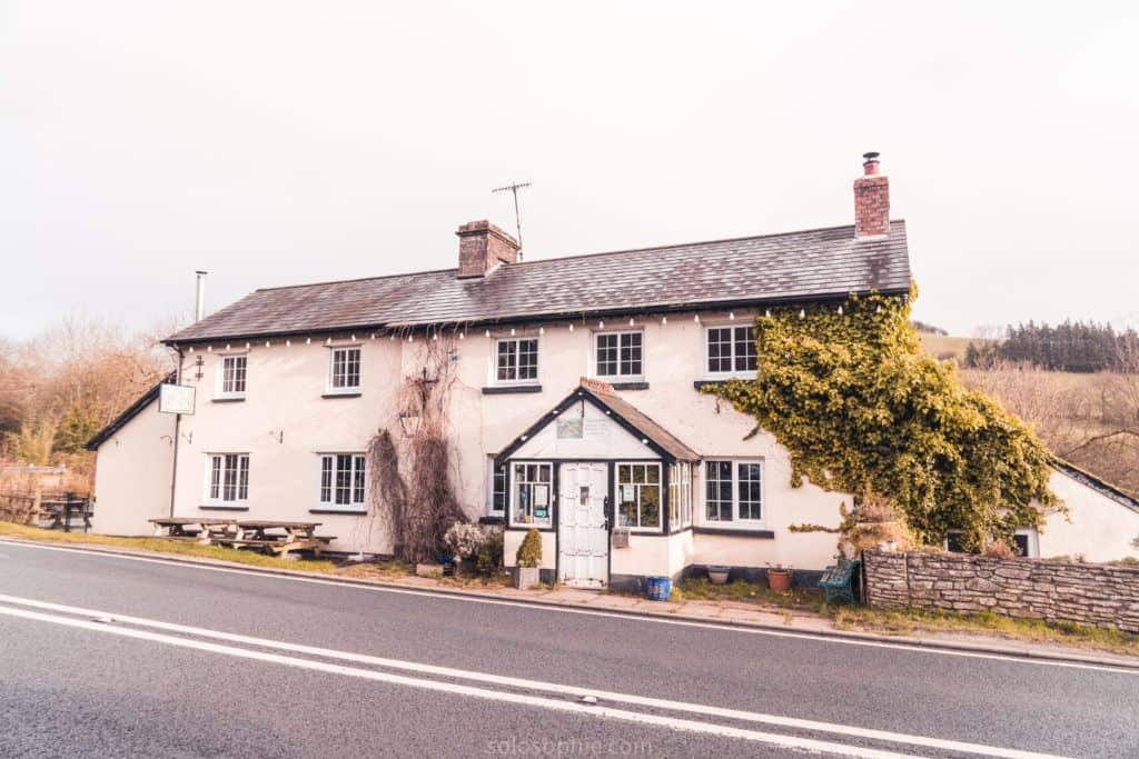 Pengenffordd: How to spend three days in England and Wales: a 72 hour road trip around gems of South West England and Southern Wales: Brecon Beacons, Wells, Tretower, Castles, Hay-on-Wye etc.: Pengennfordd