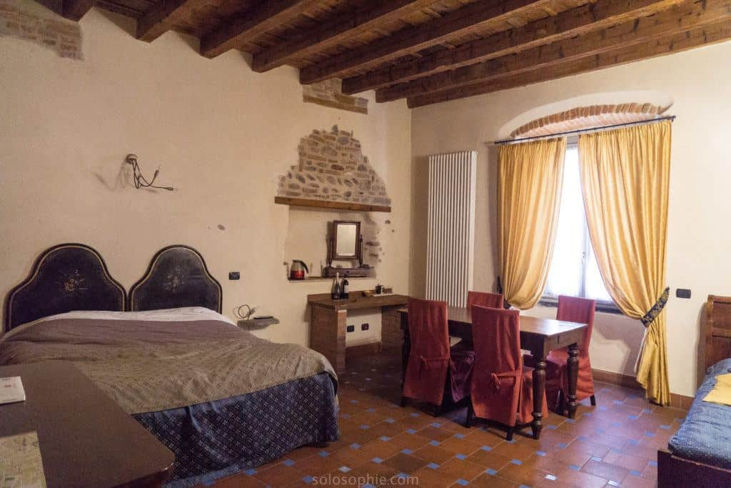 Staying in a 500 year old room in Bergamo, Italy
