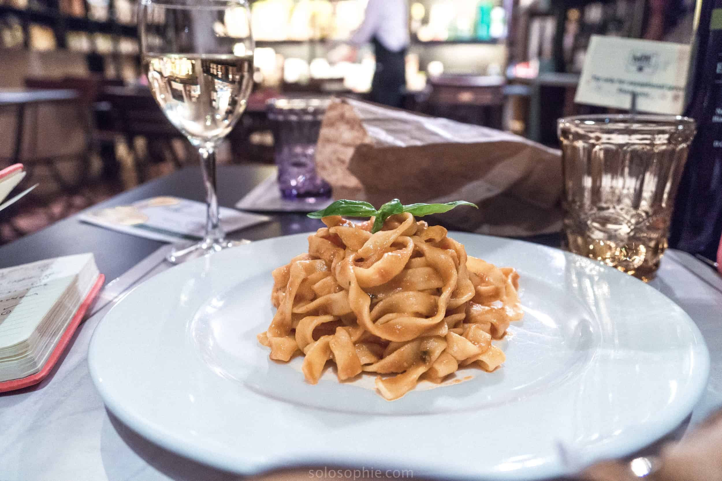 The art of Eating pasta in Italy: an Italian adventure in local cuisine and a history of pasta
