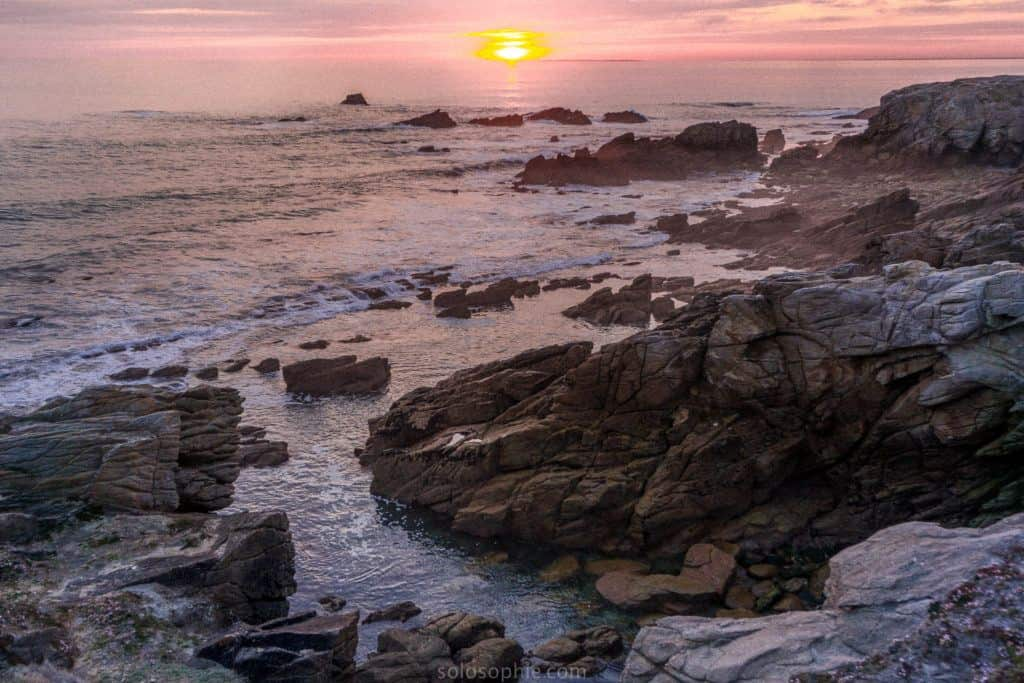 Most beautiful places in Brittany: Brittany Attractions and must see places and things to do to add to your European bucket list. Best things to do in Brittany, France!