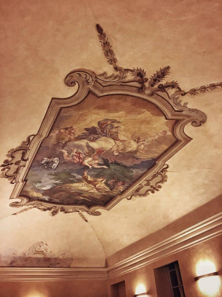 Il Circolino: Dining in an Old Prison in the Heart of Bergamo, Italy: ceiling fresco