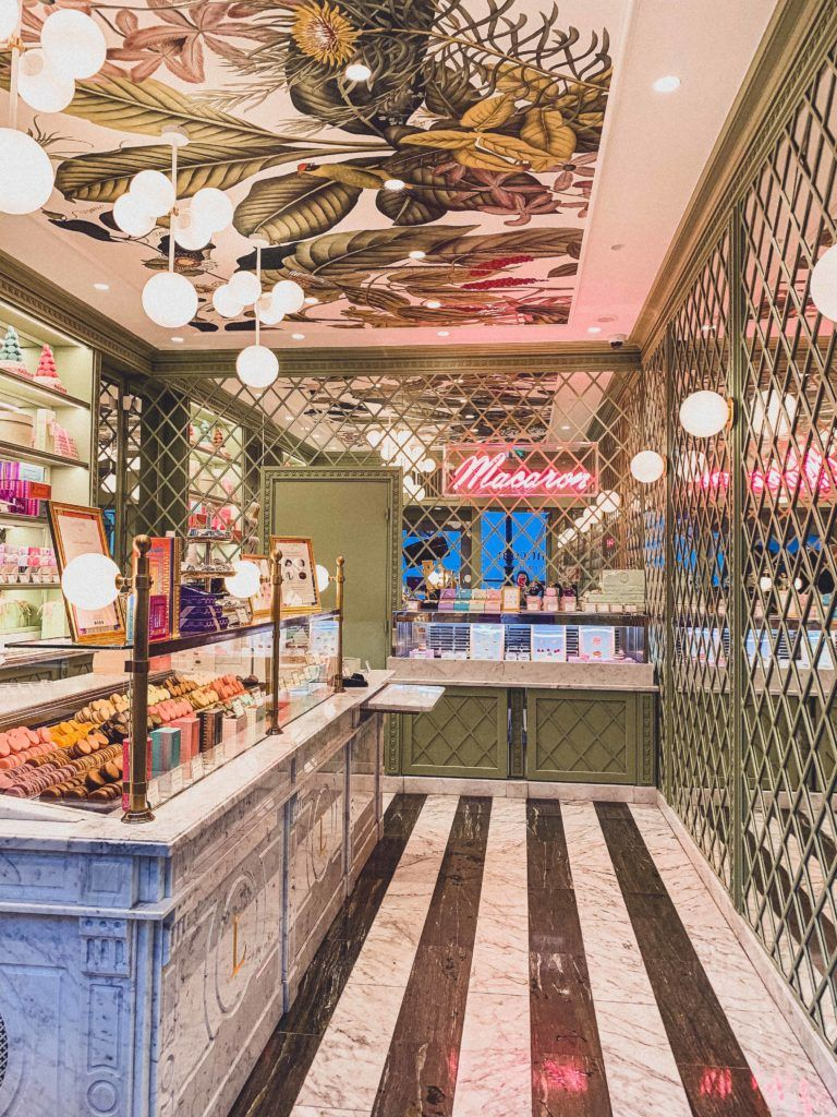 My Macaron Address Book: Where to find the Best Macarons in Paris, France