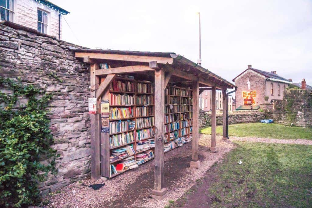 Hay-on-Wye guide, a book town for bibliophiles in South Wales: honest bookshelf