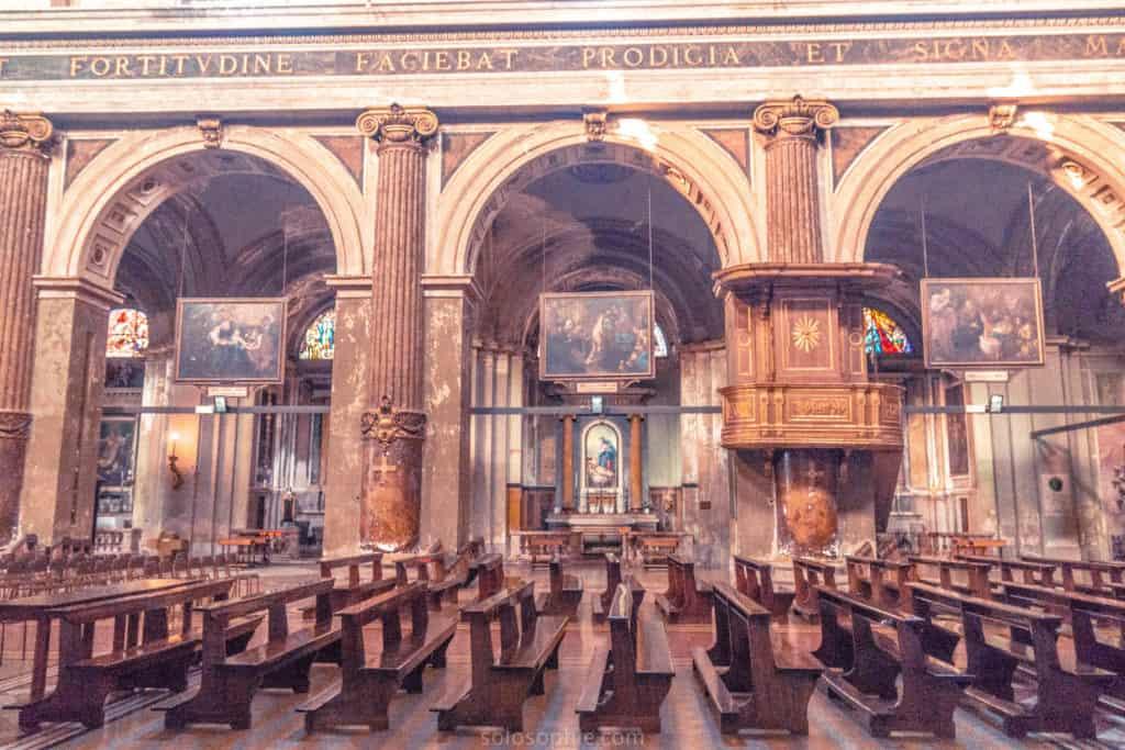 Basilica di Santo Stefano Maggiore interior