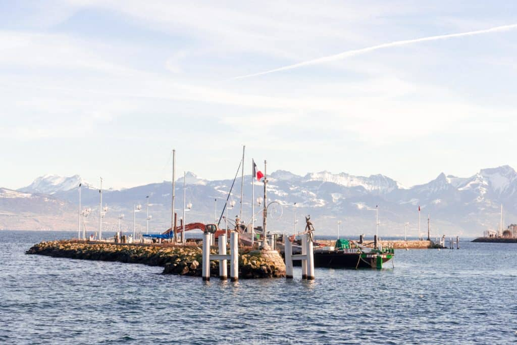 Day trip to Lausanne, Switzerland. Best things to do in Lausanne, a pretty Swiss town with museums and views onto the Alps. Ferry day trip from Evian les Bains in France to Lausanne in Switzerland. Evian Port