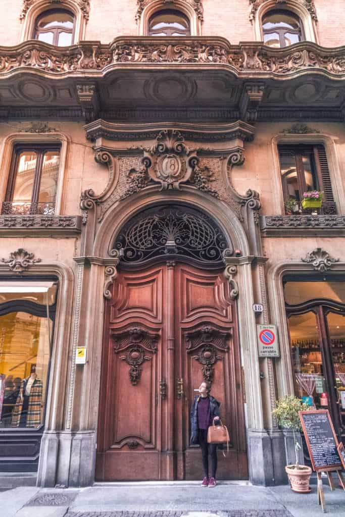 Turin city guide. Here's your complete itinerary for the best things to do in Turin, capital of the Piedmont region, Northern Italy. Historic coffee shops, best museums, and where to eat!