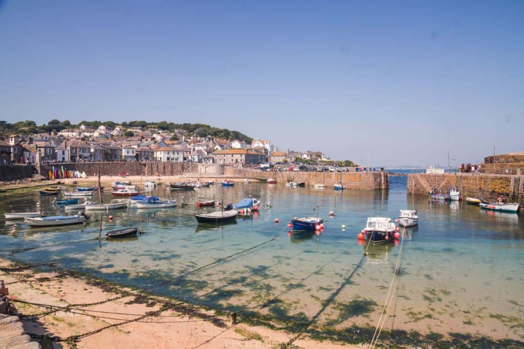 Highlights of Southern Cornwall Road Trip Itinerary: Here's how to spend one day travelling along the Cornish coastline, South West England, United Kingdom