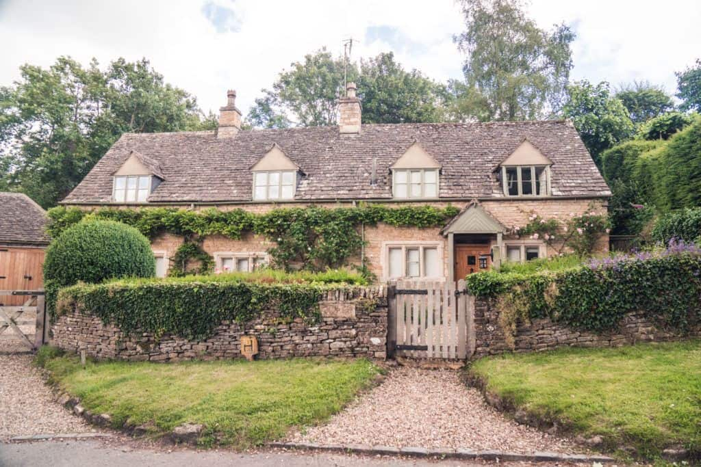 A Quick Guide to the best things to do in Upper Slaughter, a pretty and quaint village in Gloucestershire, the Cotswolds, England.