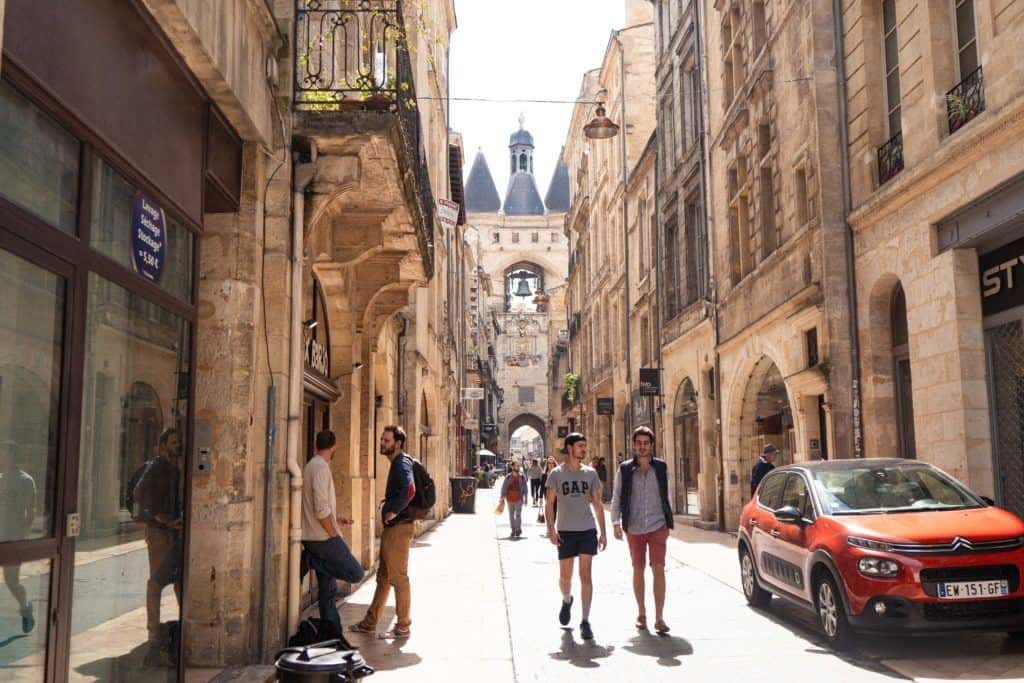 Grosse Cloche Bordeaux: A Girls Getaway Weekend in Bordeaux Itinerary. How to spend three days in Bordeaux; what to see, where to go, what to eat, and the best day trips from Bordeaux, South West France