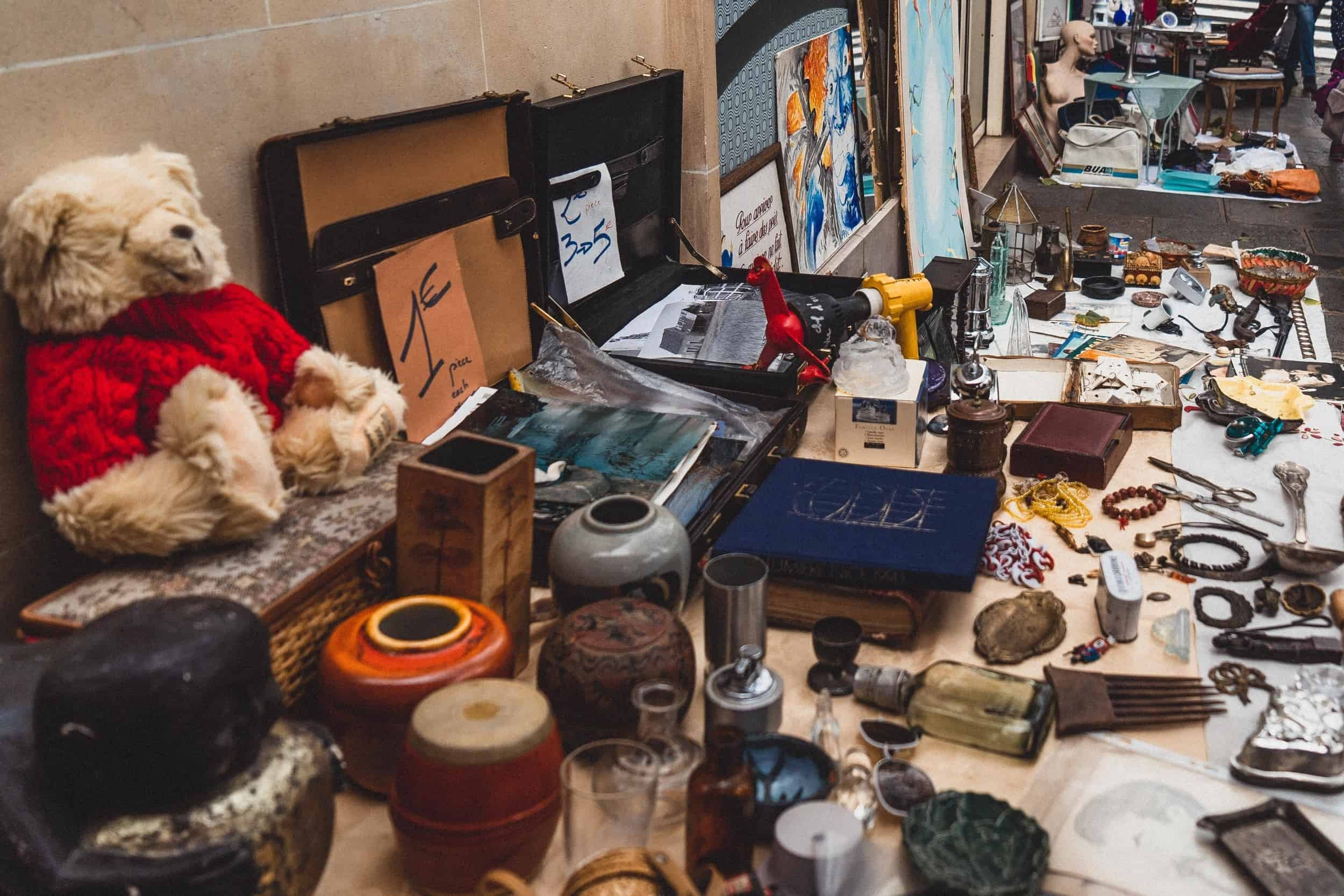 Brocante de la Rue de Bretagne de Noel: Vintage in the 3rd Arrondissement