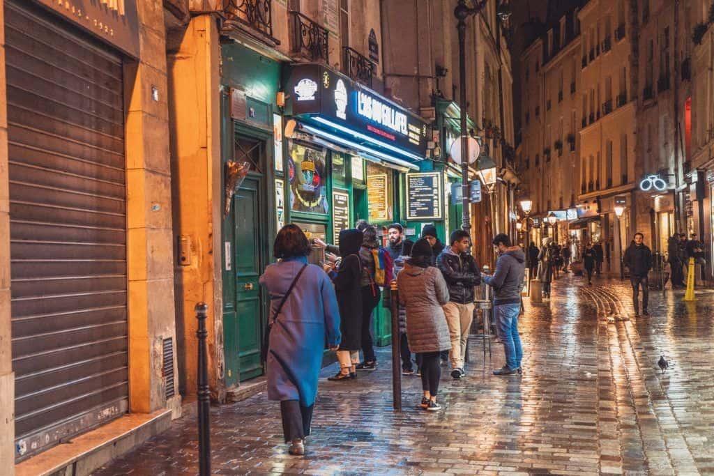 Where to Eat Vegetarian & Vegan in Paris: Tips & Restaurants