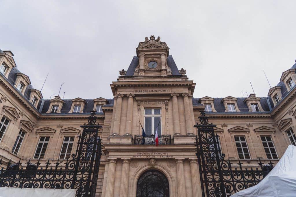 Brocante de la Rue de Bretagne de Noel: Vintage in the 3rd Arrondissement