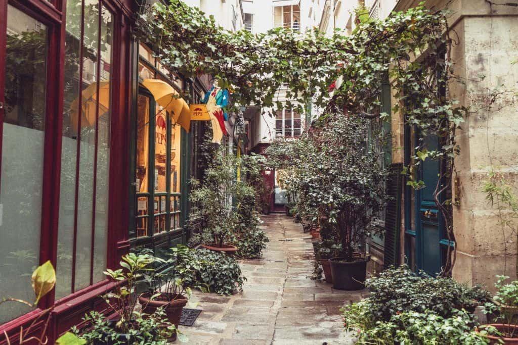 Passage de l'Ancre & Pep's, The Oldest Umbrella Repair Shop in Paris