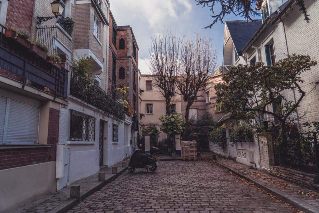 Villa Leandré: An English-Inspired Art-Deco Street in Montmartre, 18th arrondissement, Paris, France