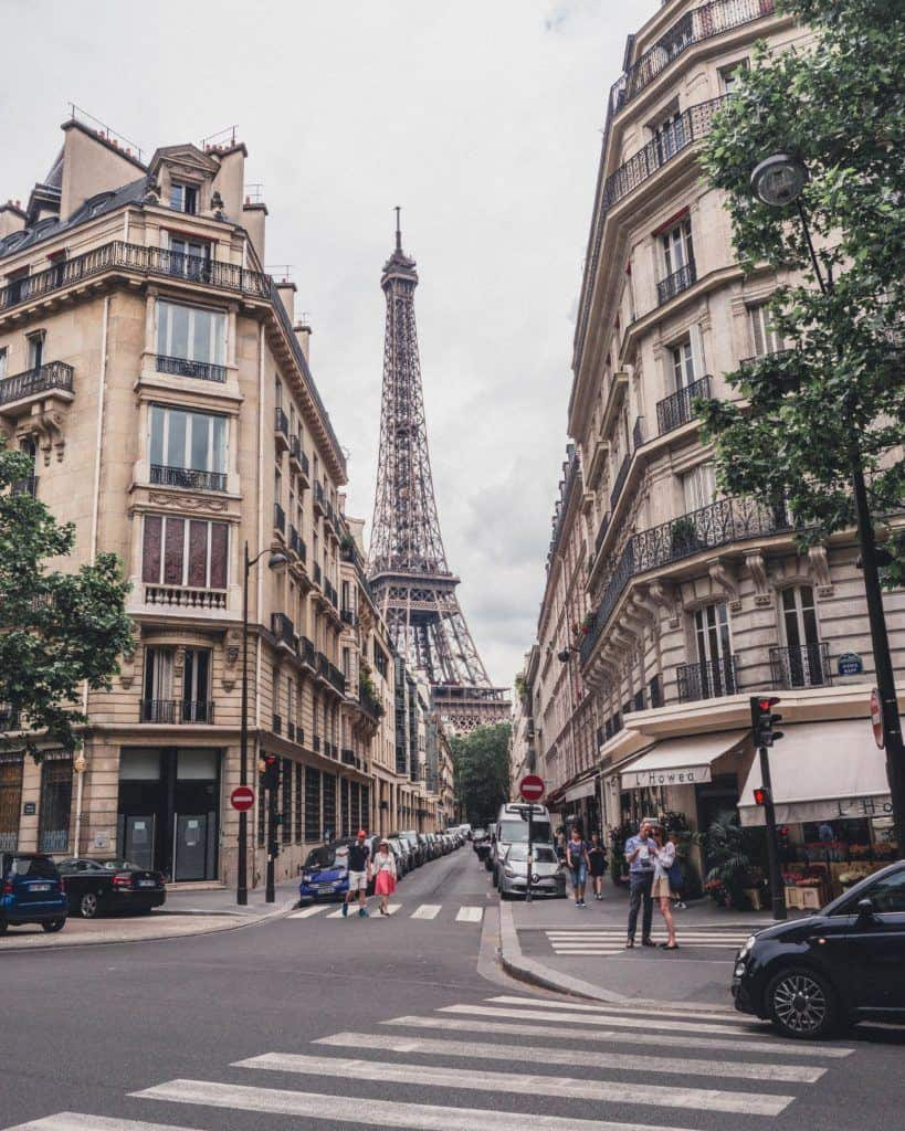 Square Rapp & Avenue Rapp: History & an Eiffel Tower View in the 7th arrondissement of Paris, France