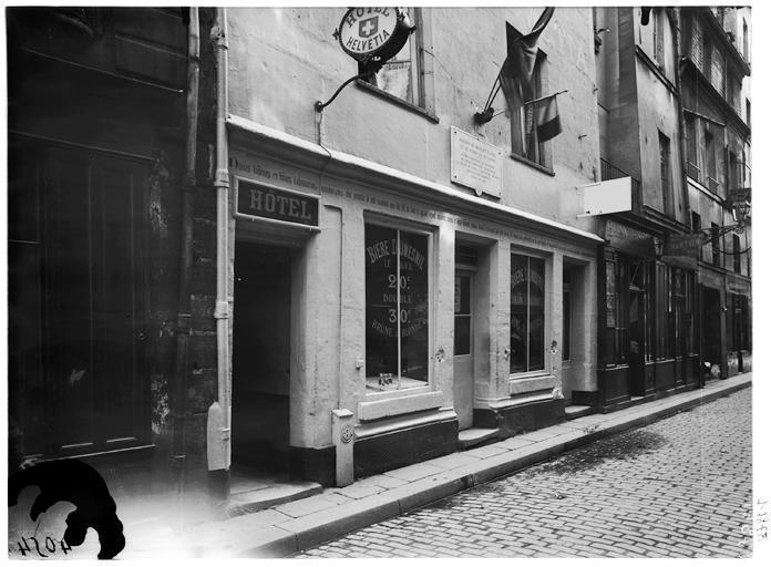 Auberge Nicolas Flamel: Alchemy & A Historic House in Le Marais