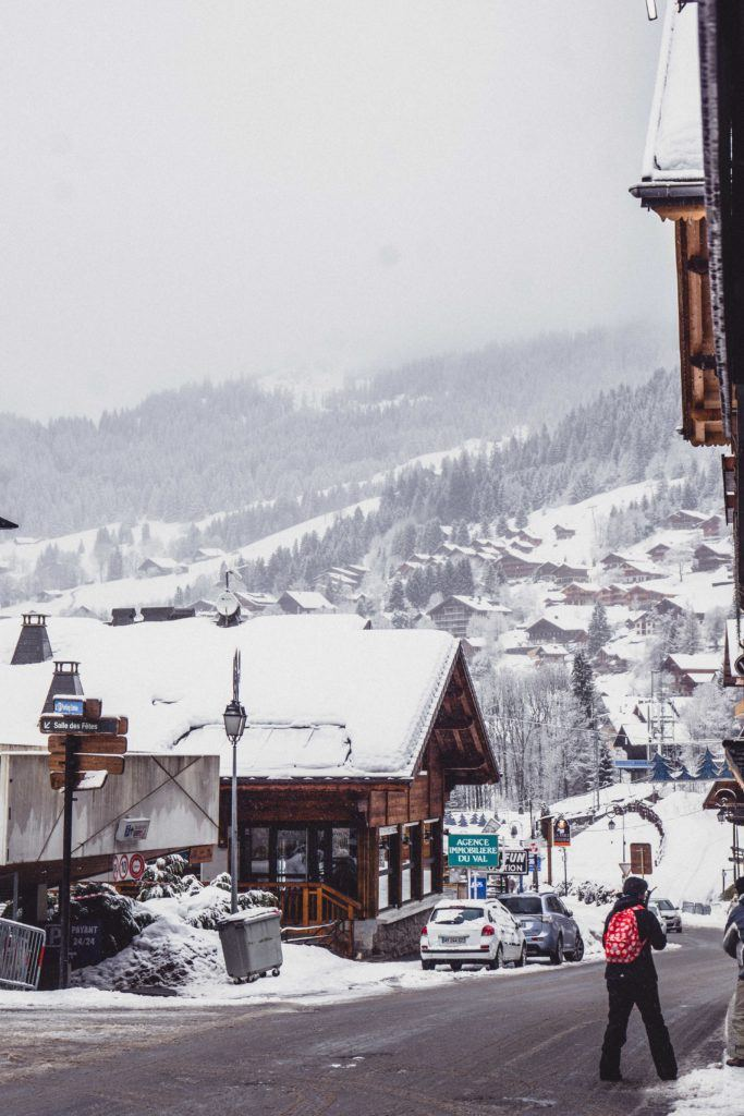 Châtel, France travel guide: Here are your ultimate insider tips for the best of the ski village of Chatel, Haute-Savoie France (must see attractions and where to stay in the ski town of the French alps, part of Portes du Soleil)