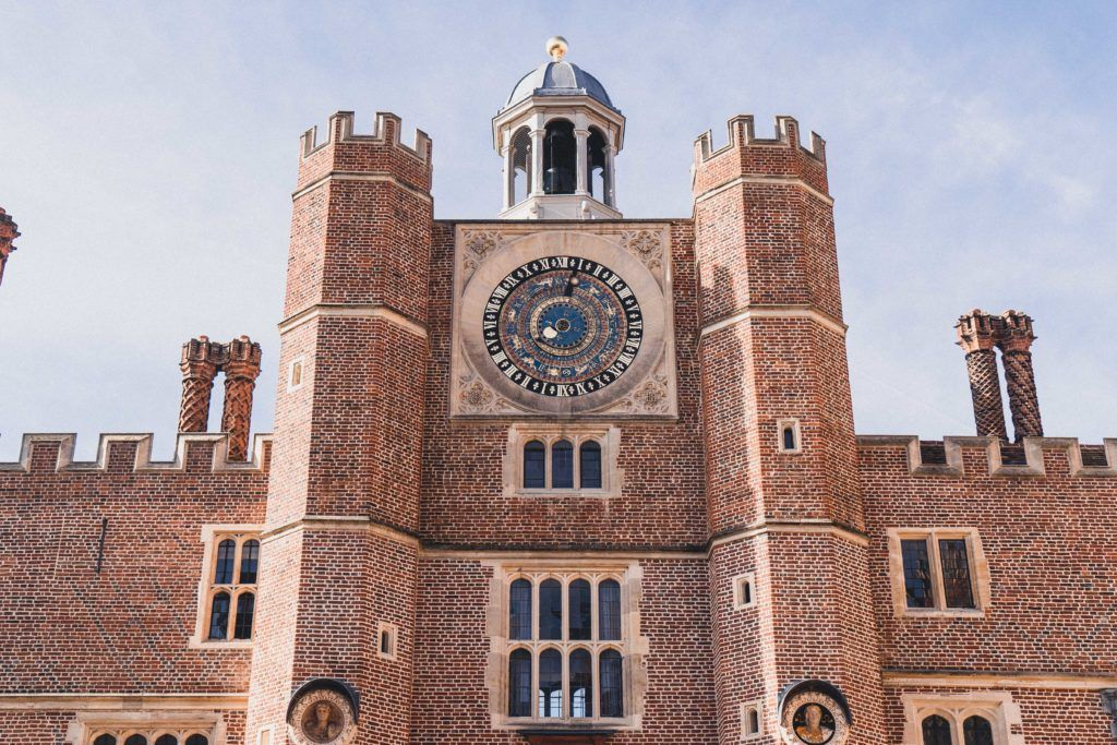Secret spots and hidden gems of Hampton Court Palace, a historic Royal Palace in Surrey, a day trip from London, England. Unique, Historical & Unusual Things to see in the Palace of Henry VIII and Queen Anne