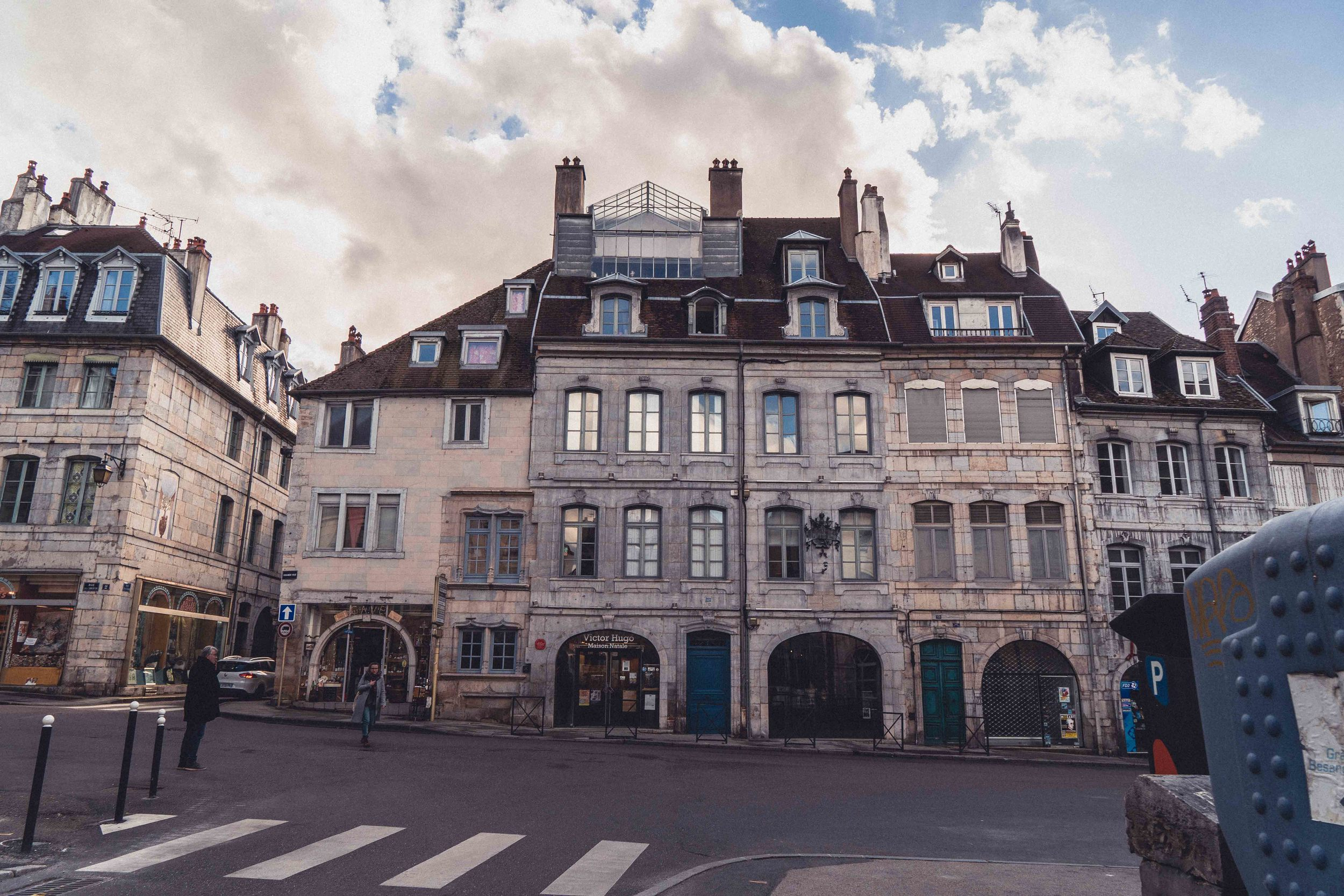 Exterior on a cloudy day of How to visit the birthplace of Victor Hugo in Besançon