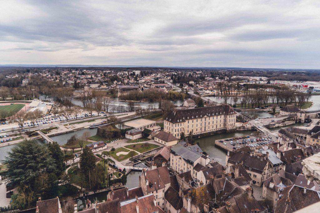 Collégiale Notre-Dame de Dole: Bell Tower & History of a collegiate church in Franche-Comté, Dole