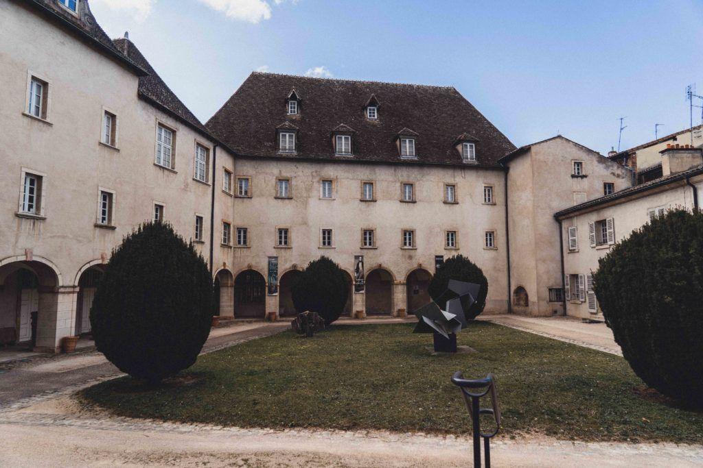 Musée des Ursulines exterior, Mâcon