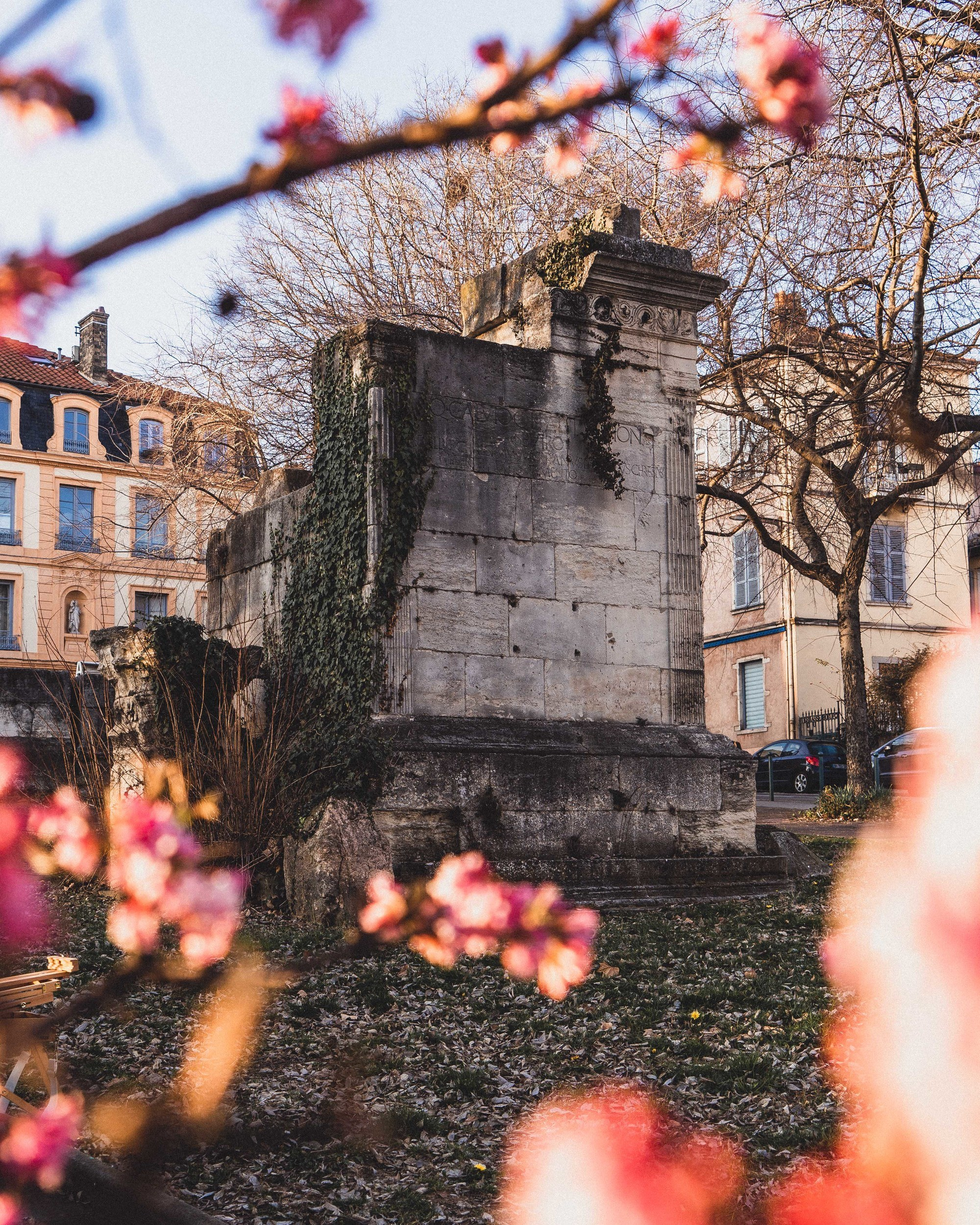 In Search of Roman Lyon: Ancient & Historic Roman sites in Lyon. Here's your complete guide to Lugdunum of Gaul; theatre of Fourviere, Tombeau de Turpio, and Roman Baths in Lyon